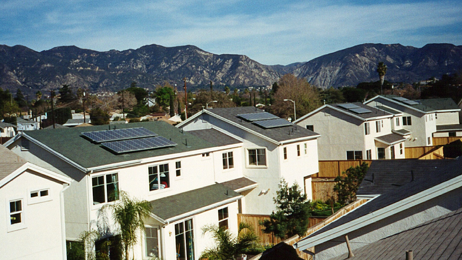 "<h4>Shining Cities</h4> <h5>America's major cities have played a key role in the clean energy revolution and stand to reap tremendous benefits from solar energy.<br><br><a href=""https://environmentamericacenter.org/reports/ame/shining-cities-2017"" target=""_blank"">Learn more...</a></h5> <em>Village Green, California / National Renewable Energy Laboratory Photo</em>"